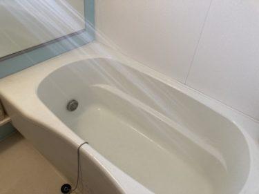 (主婦歴10年の掃除術)お風呂掃除で使う洗剤を重曹とクエン酸を実際に比較して使ってみました。
